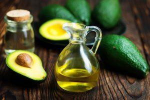 Recensione Olio di avocado: nutrimento per la pelle